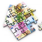 紙幣のパズルのピースの家