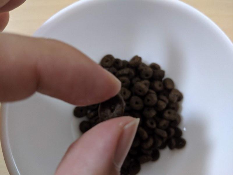 モグワンドッグフードの粒の大きさ