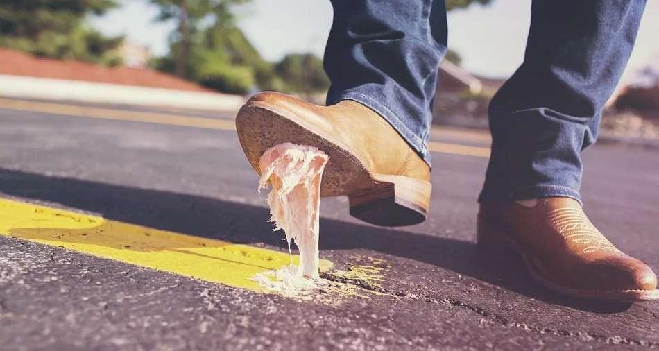 ガムを踏んでしまった靴
